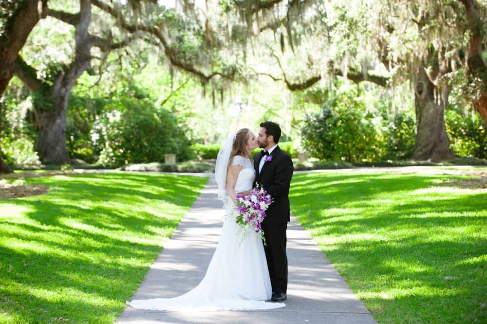 Laura + Alan Wedding at Brookgreen Gardens, Holliday Cottage – Thumbnail