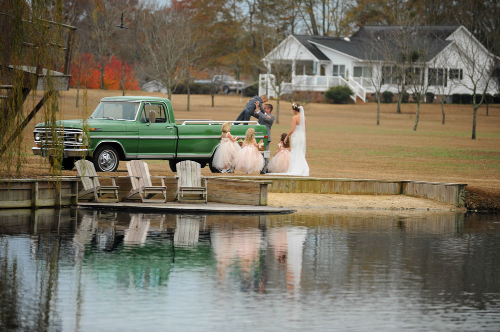 Lauren + Jason Wedding at VH Farm & Hunt Club, Tabor City NC – Thumbnail