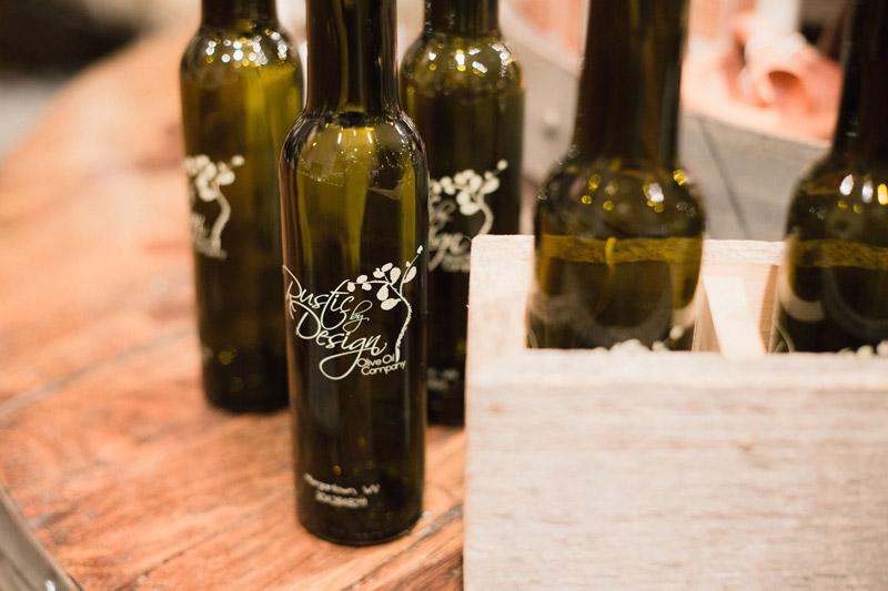 Gourmet Olive Oils & Vinegars - Thumbnail